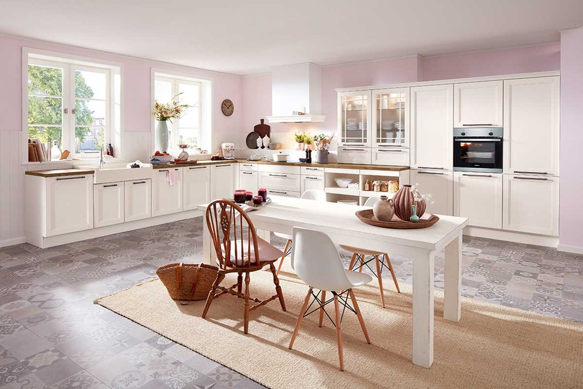 die landhausk che vorw rts zur ck in die romantik k che kaufen k chenstudio k chenplaner. Black Bedroom Furniture Sets. Home Design Ideas