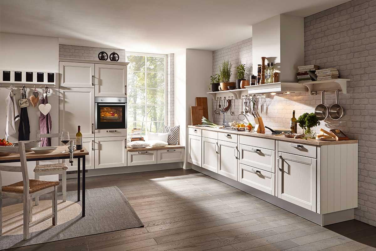 Die Landhausküche - vorwärts zurück in die Romantik - Küche kaufen ...